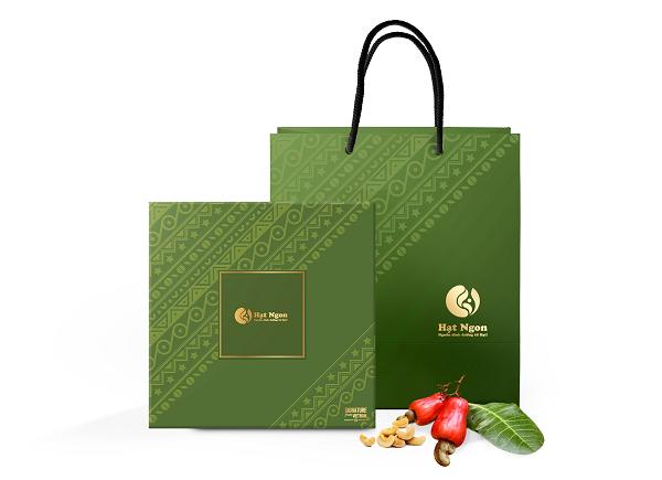 Quà tặng các loại hạt dinh dưỡng sẽ giúp bạn gây ấn tượng mạnh với khách hàng